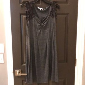 Women's mystree grqy dress.  Large